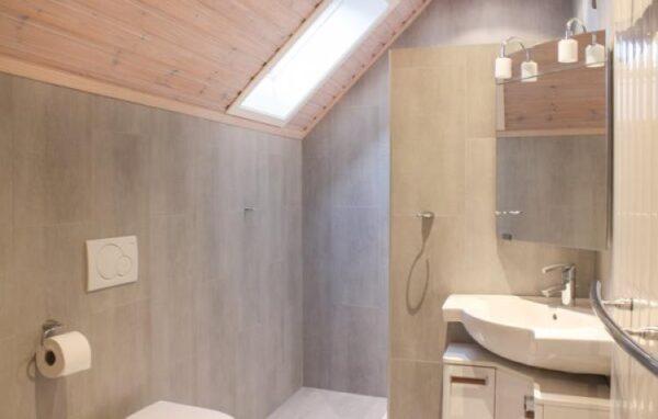Vakantiehuis in Groede - Nederland - Zeeland - 9 personen - badkamer met inloopdouche